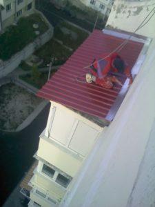 Установка крыши на балкон в хрущевки