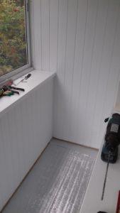 Отделка балконов пластиковым сайдингом остекление балконов теплоизоляция балконов