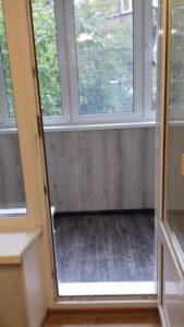 Отделка балконов деревянным сайдингом остекление балконов под ключ